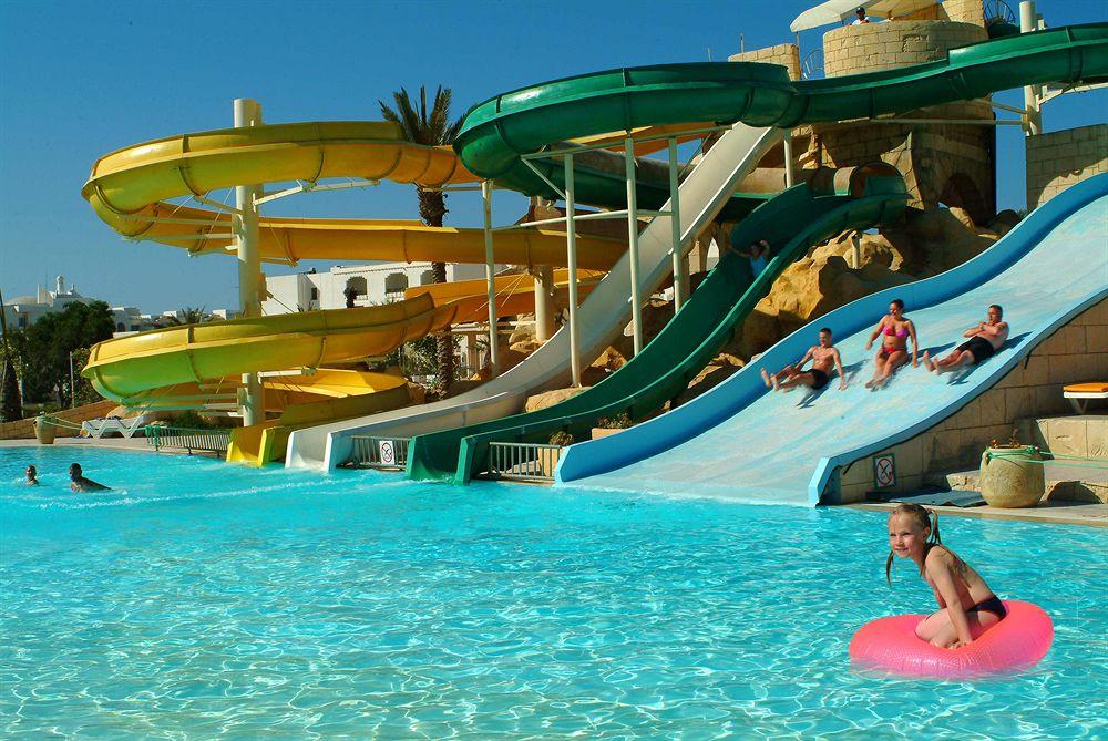 Houda Golf ACQUA PARK     (Hotel familia