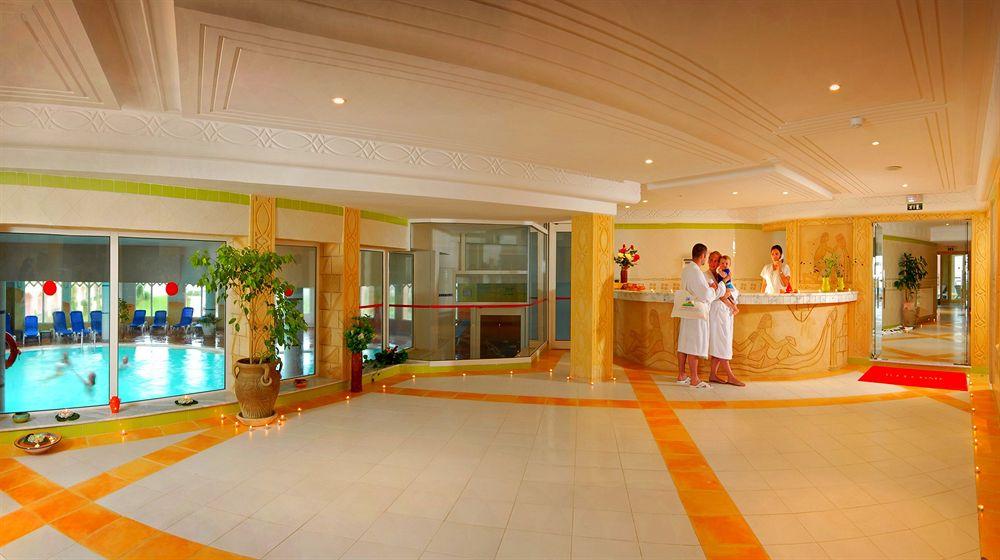 Houda Golf ACQUA PARK     (Hotel familial ,n'accepte pas les réservation  des jeunes célibataires), Monastir
