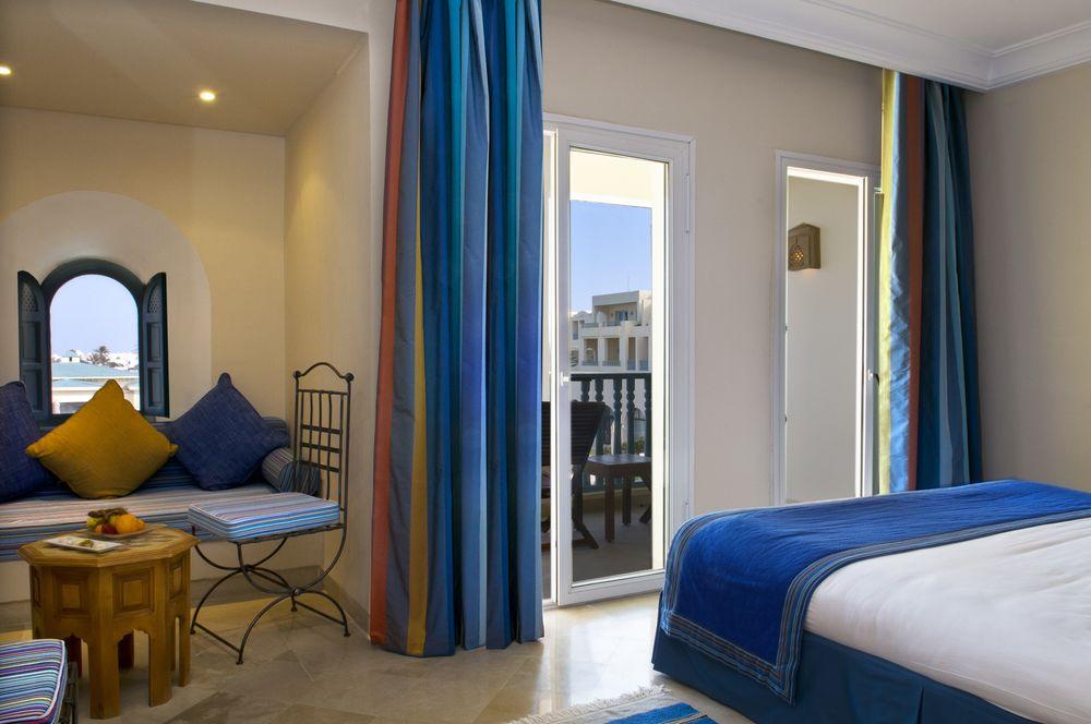 Radisson Blu Ulysse Resort & Thalasso Dj