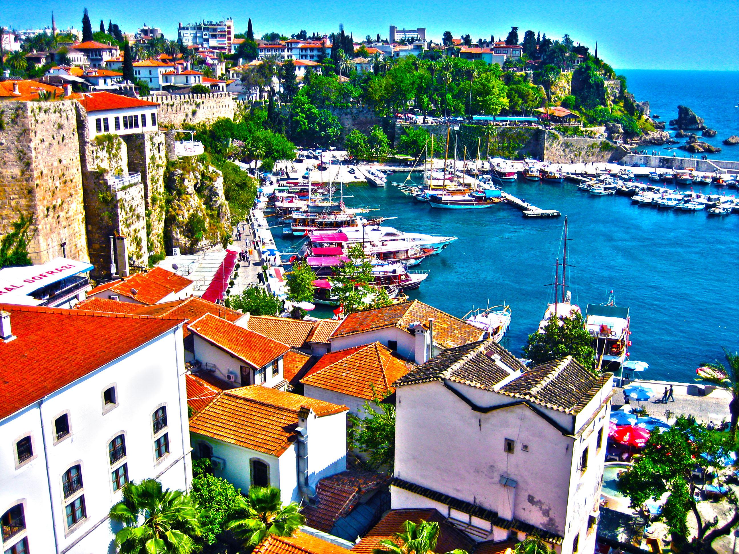 Istanbul & Antalya