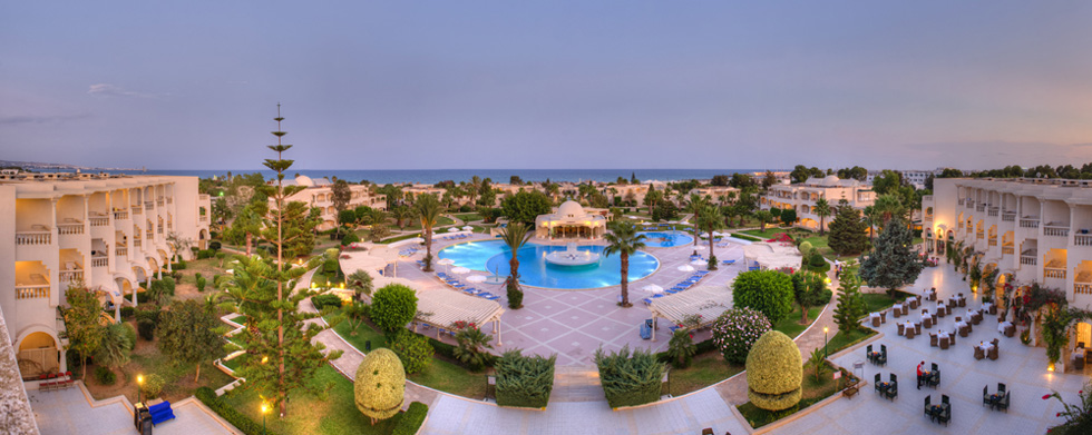 http://prod.bravebooking.net/clients/SV76920/media/photos/hotellocal/212364/Le_Royal_Hammamet_41.jpg