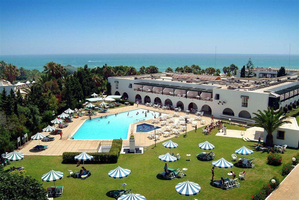 https://prod.bravebooking.net/clients/SV76920/media/photos/hotellocal/234105/El_Mouradi_Beach_1.jpg