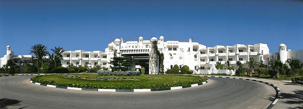 El Mouradi Skanes, Monastir