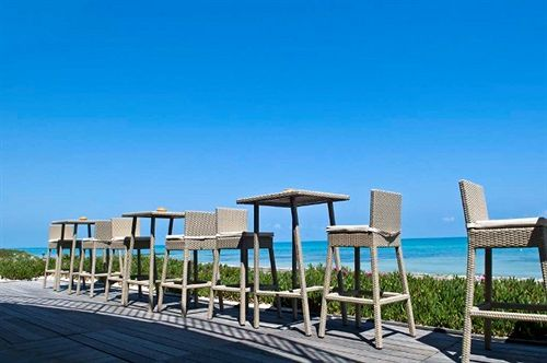 Radisson Blu Ulysse Resort & Thalasso, D