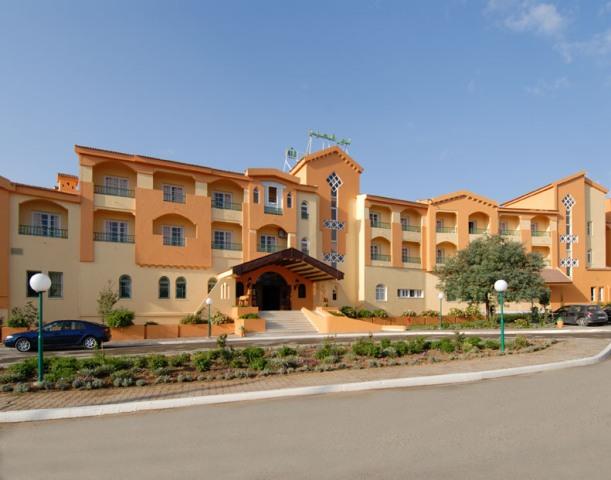 https://prod.bravebooking.net/clients/TT69312/media/photos/hotellocal/547238/Dar_Ismail_Nour_El_Ain_2.jpg
