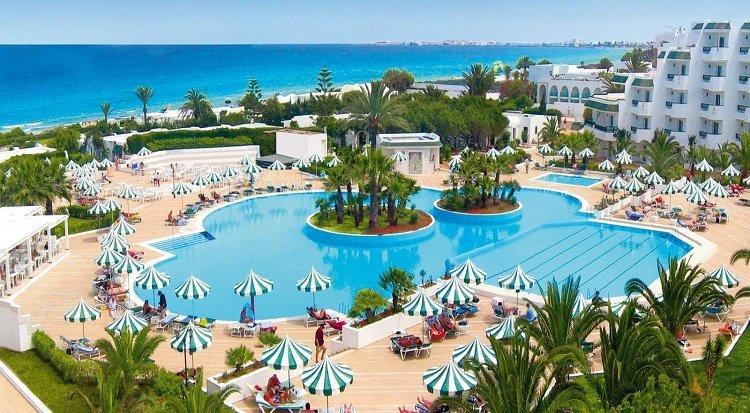 http://prod.bravebooking.net/clients/VV80125/media/photos/hotellocal/547245/Vincci_El_Mansour_4.jpg